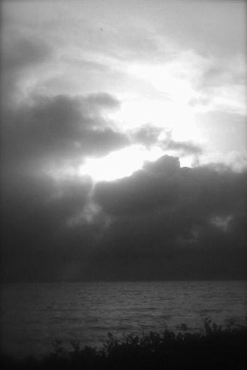 Black n white ocean